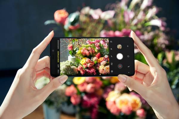 Samsung-Galaxy-A9-7